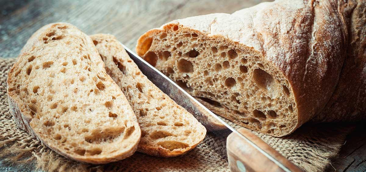 Bröd och brödkniv